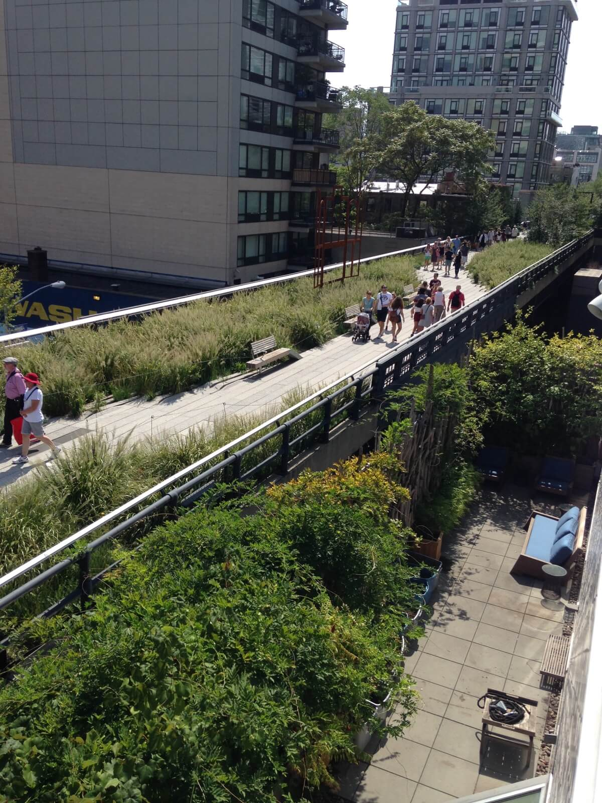 Highview Creations - Commercial Green Roof for Marianne Boesky Gallery